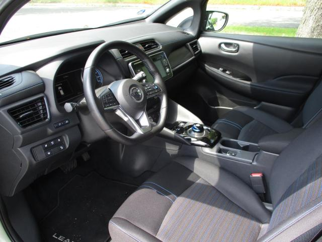 Nissan Leaf N-CONNECTA 40 kWh + LED lights