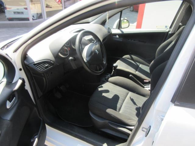 Peugeot 207 1.6