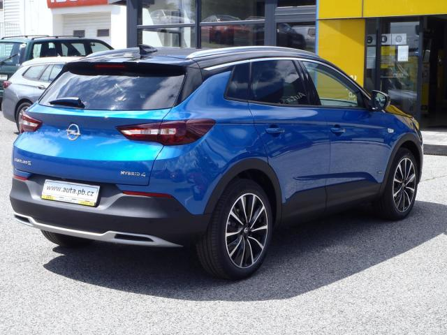 Opel Grandland X Ultimate 1.6Turbo PHEV 4x4 AT8